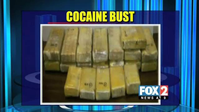 Cocaine Seized at Roma International Bridge