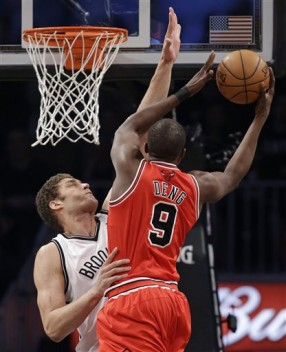 Brook Lopez, Luol Deng