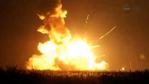 antares-orbital-sciences-explosion