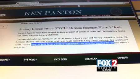 U.S. Supreme Court Temporarily Lifts Restrictions on Texas Abortion Clinics