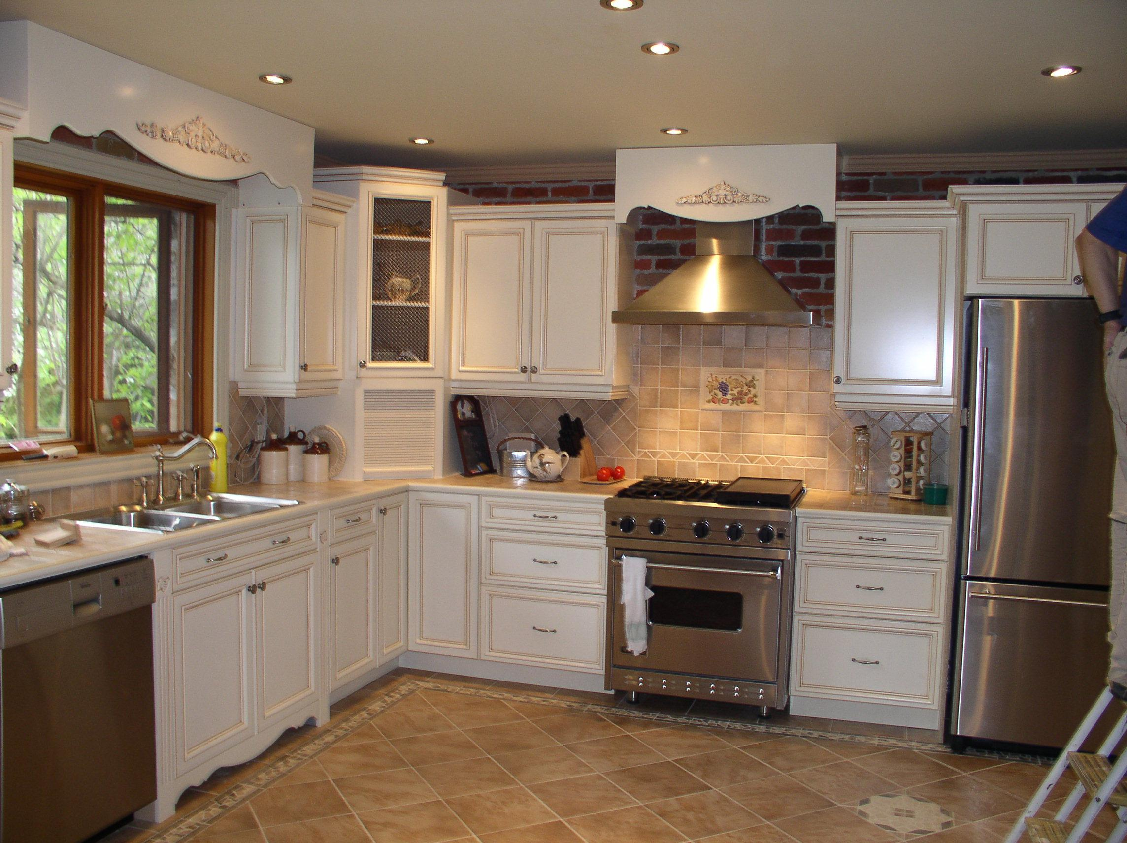 kitchens with white cabinets and tile floors herringbone ceramic tile for your kitchen floor fox news south texas